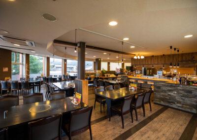 2F レストラン